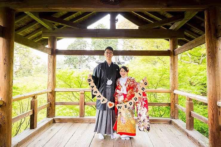 雨の中の婚礼前撮り撮影