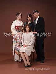 「京都着物レンタル夢館 フォトスタジオ」成人式前撮りプラン オプション 集合写真・家族写真